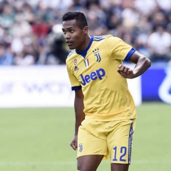 CHELSEA & MAN. CITY both ready to try again for ALEX SANDRO