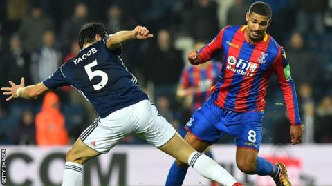 Ruben Loftus-Cheek: Crystal Palace midfielder 'out for months'