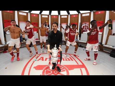 INSIDE THE DRESSING ROOM   Celebrations, banter and partying with the Emirates FA Cup!