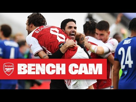 BENCH CAM   Arsenal 2-1 Chelsea   2020 Emirates FA Cup winners!