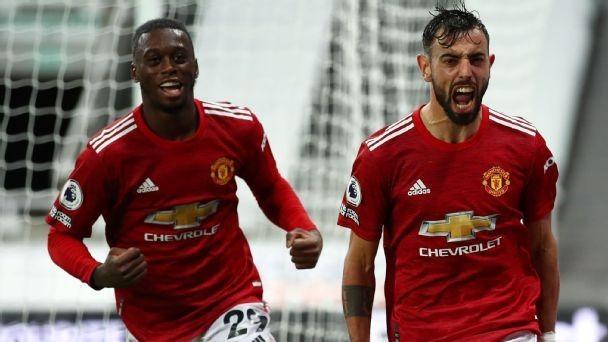 Man Utd beat Newcastle on barrage of late goals